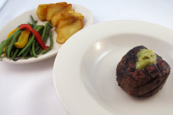 Filet Mignon Steak, maykadeh